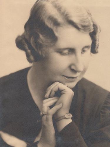 Portrait: Rosy Wertheim