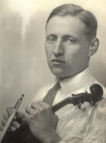 Portrait: Zoltán Székely